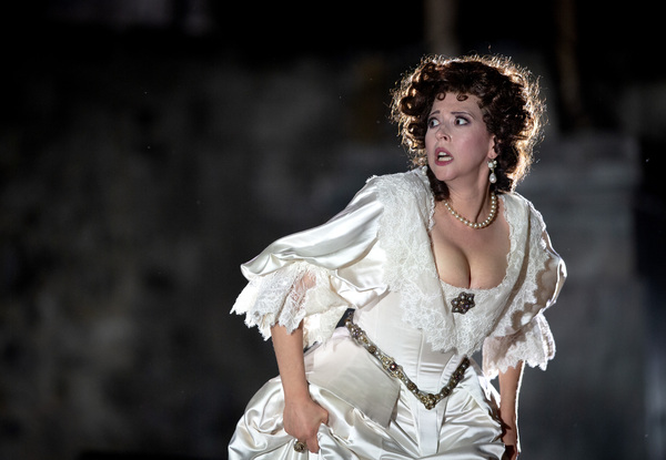 La Scala toi harvinaista Verdiä Olavinlinnaan